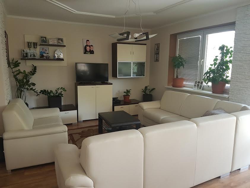 Na predaj kompletne prerobený 6 izbový rodinný dom v Novom Živote